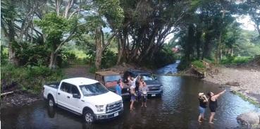 Waipio Valley Beach River Jungle3